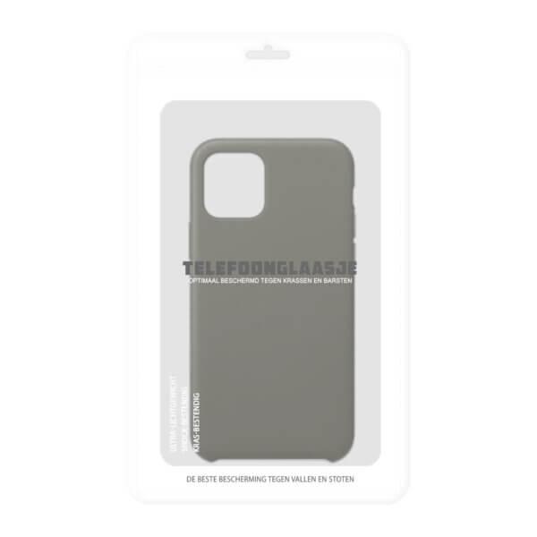 Verpakking iPhone 11 siliconen hoesje - dark olive