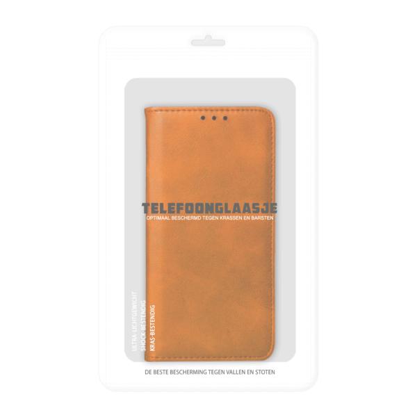 iPhone 11 Bookcase Bruin in verpakking